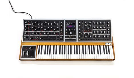 download_3284_moog_one_01